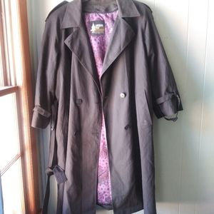 London Fog Black Trench Paisely Lining Size 16